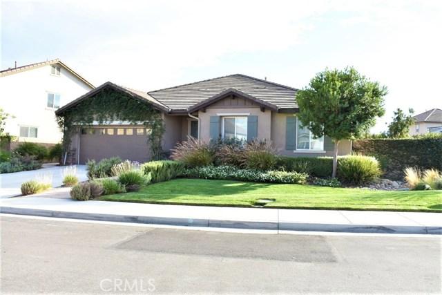 14311 Wisman Drive, Eastvale CA: http://media.crmls.org/medias/bc97d17d-0ea9-44da-a0b9-99eff6f43957.jpg