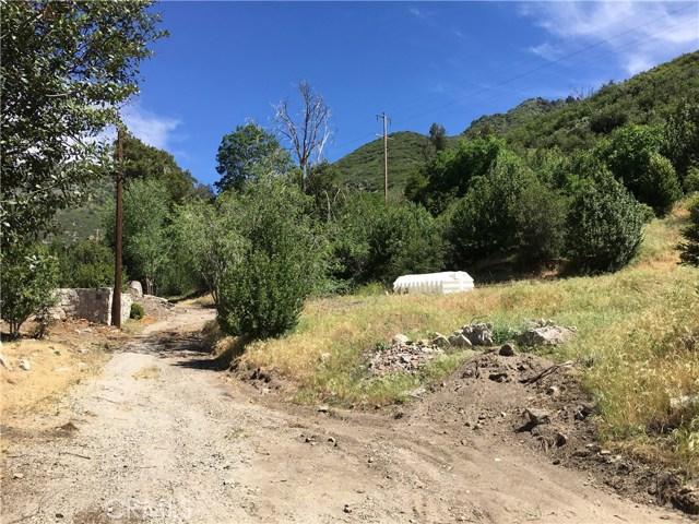 1761 E Forrest Lane, San Bernardino CA: http://media.crmls.org/medias/bcab2a61-f606-4f46-9202-97c79715560d.jpg