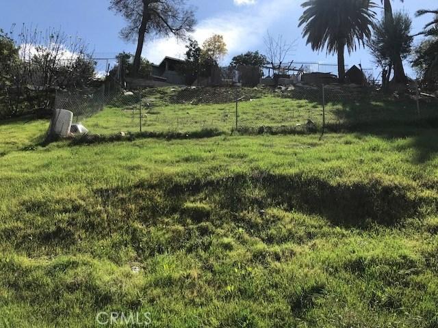 1 Schick Ave, City Terrace CA: http://media.crmls.org/medias/bcbfe5bd-dd57-4413-9c99-7543d239acdb.jpg