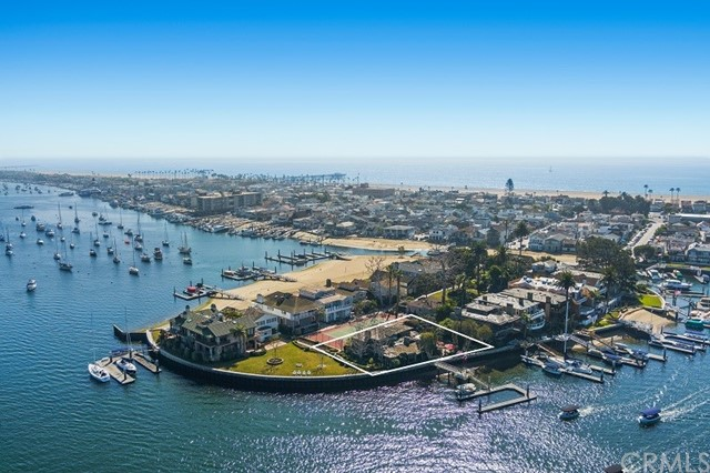 Photo of 25 Bay Island, Newport Beach, CA 92661