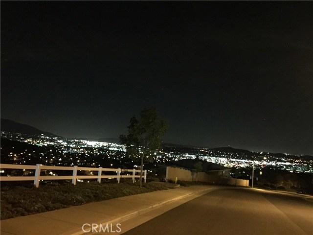 16832 Golden Bluff, Riverside CA: http://media.crmls.org/medias/bcc924d5-5bce-436d-ae4c-9188c5d1c288.jpg