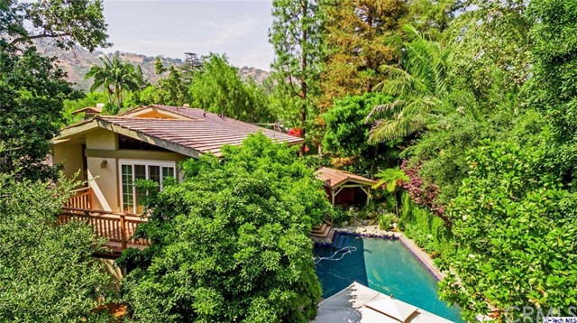 Single Family Home for Sale at 1330 Lida Lane Pasadena, California 91103 United States