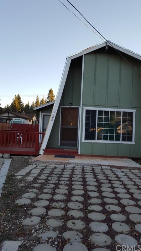 Single Family Home for Sale at 1108 E Fairway Boulevard 1108 E Fairway Boulevard Big Bear, California 92314 United States