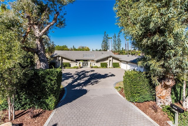 Single Family Home for Sale at 10021 Sycamore Street Villa Park, California 92861 United States