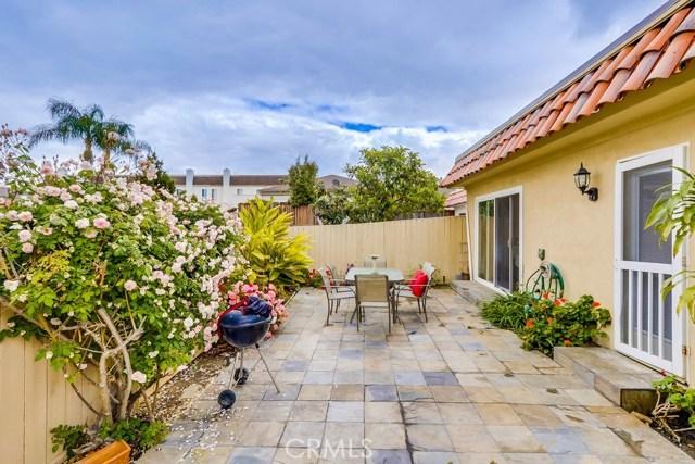 14 Wintersweet Way, Irvine CA: http://media.crmls.org/medias/bced123b-2f0b-4760-94a1-39694ddeecc2.jpg