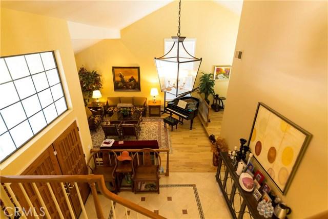 1304 Willow Bud Drive, Walnut CA: http://media.crmls.org/medias/bcedd797-8d29-43d3-b846-2ac553b5599b.jpg
