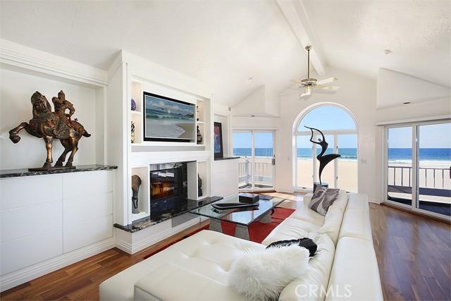 1818 Oceanfront, Newport Beach, California 92663, 3 Bedrooms Bedrooms, ,2 BathroomsBathrooms,Residential Purchase,For Sale,Oceanfront,NP21089493