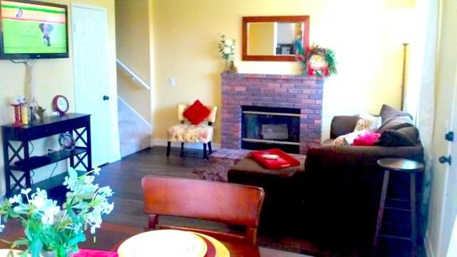 9866 Highland Unit D Avenue, Rancho Cucamonga CA: http://media.crmls.org/medias/bcf1ab57-4f5e-4b9e-bf25-7810db94004f.jpg