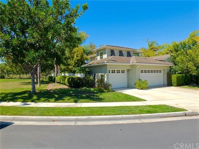 19061 Foxwood Lane Huntington Beach, CA 92648 is listed for sale as MLS Listing PW16063798