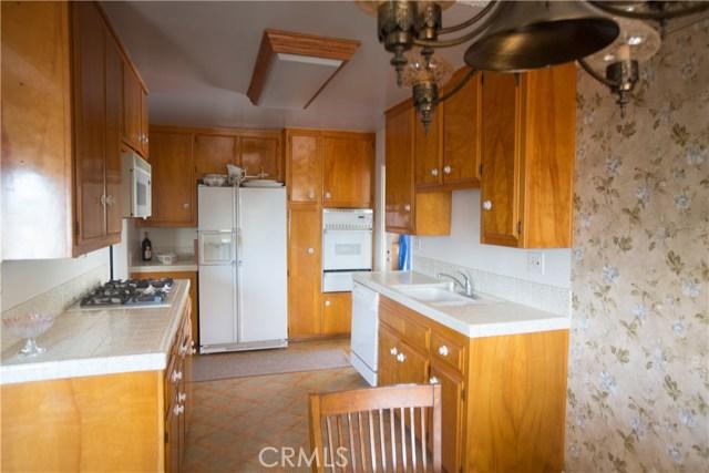 9486 Balsa Street, Rancho Cucamonga CA: http://media.crmls.org/medias/bd05b95d-3093-47fe-b23e-a933b371935e.jpg
