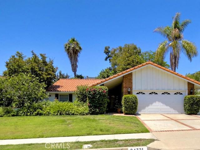 24721 Mosquero Lane, Mission Viejo CA: http://media.crmls.org/medias/bd2fc42a-f474-4b77-8a86-9015a34b40c8.jpg