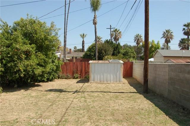 5940 Londonderry Drive, Riverside CA: http://media.crmls.org/medias/bd34b2b3-acf3-4138-a231-08ccd1d3c27a.jpg