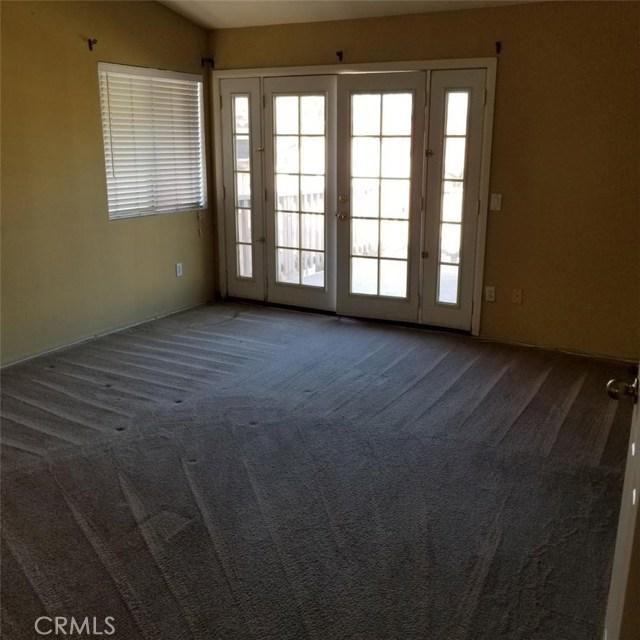 6568 bradford Court, Rancho Cucamonga CA: http://media.crmls.org/medias/bd490ae1-0fc5-4f2b-8203-708fc5289289.jpg