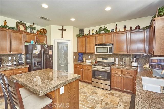 14955 Corlita Street, Victorville CA: http://media.crmls.org/medias/bd4d4c73-6382-48a4-b860-6493e6582965.jpg