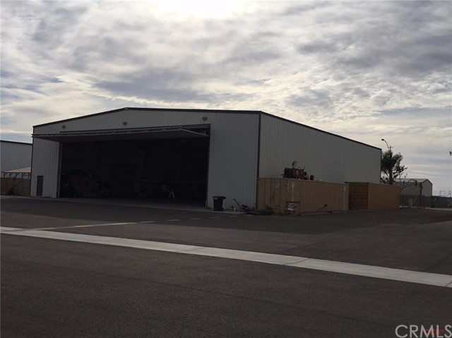 Single Family for Sale at 516 Aviation Street Shafter, California 93263 United States