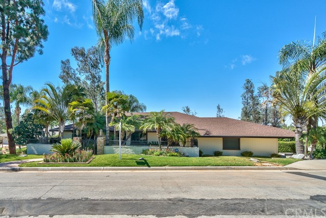 2361 Arroyo Drive Riverside, CA 92506 is listed for sale as MLS Listing IV17126686