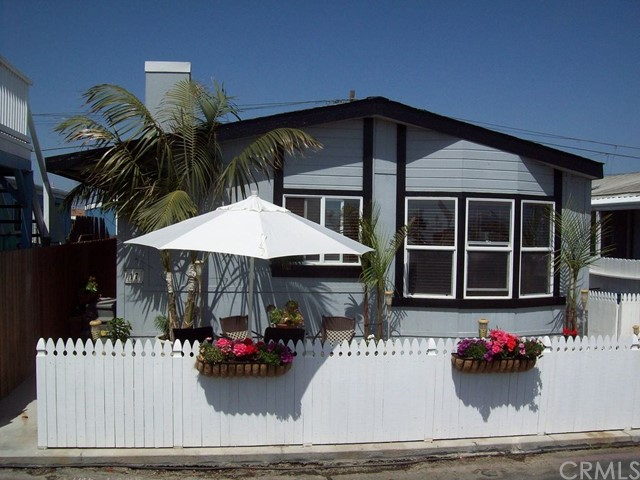 Huntington Beach, CA 3 Bedroom Home For Sale