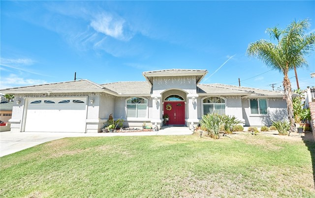 1406 E Ralston Avenue, San Bernardino CA: http://media.crmls.org/medias/bd5d97dd-4997-44e2-b38e-b6e7cf0ca55d.jpg