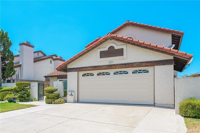 地址: 1947 Peaceful Hills Road, Diamond Bar, CA 91789