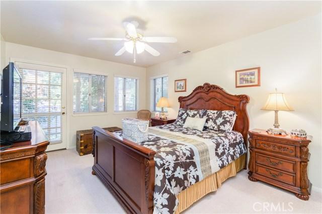 396 Birchwood Drive, Lake Arrowhead CA: http://media.crmls.org/medias/bd64b77c-3df8-49eb-944c-5e8437ec3383.jpg