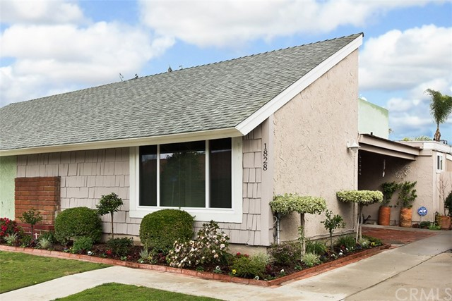 Single Family Home for Sale at 1828 Alsuna Lane Huntington Beach, California 92648 United States