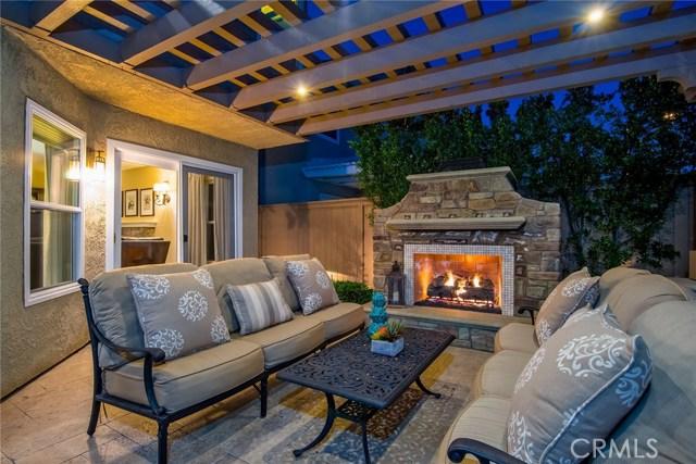 20 Perryville, Irvine CA: http://media.crmls.org/medias/bd753452-280b-4992-81ec-6875b17aa399.jpg