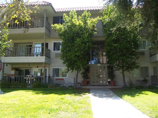 Condominium for Rent at 2401 Via Marposa Laguna Woods, California 92637 United States