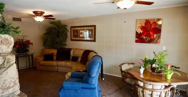 824 Coffman Drive, Montebello CA: http://media.crmls.org/medias/bd7e9b39-9d71-4f95-84be-f7b772c65e99.jpg