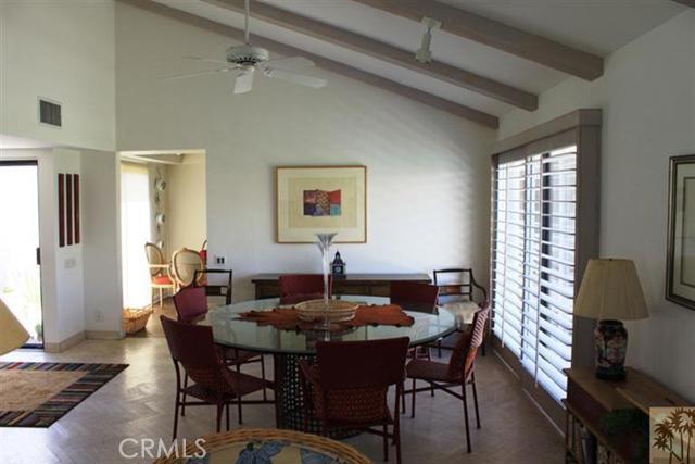 95 Tennis Club Drive, Rancho Mirage CA: http://media.crmls.org/medias/bd9f4862-20e2-41e2-b4d9-2291b161a9fa.jpg