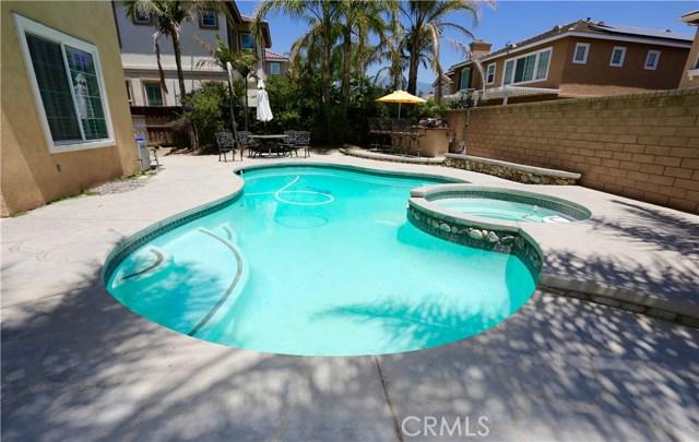7175 Taggart Place, Rancho Cucamonga CA: http://media.crmls.org/medias/bdb766f1-eb2c-4f55-845b-a46ea448ba58.jpg