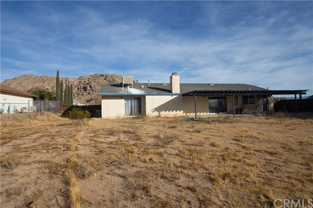 16926 Ouray Road, Apple Valley CA: http://media.crmls.org/medias/bdb9be63-97e6-4c64-867e-7e33ab728203.jpg