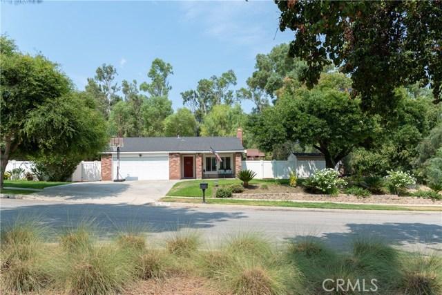 15450 Rolling Ridge Drive, Chino Hills CA: http://media.crmls.org/medias/bdbe4a3b-9ebe-4793-904f-74b49d7cc1eb.jpg