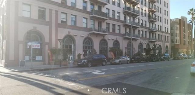 455 E Ocean Boulevard, Long Beach CA: http://media.crmls.org/medias/bdc2992d-97ef-4f96-a004-97ace42841ea.jpg