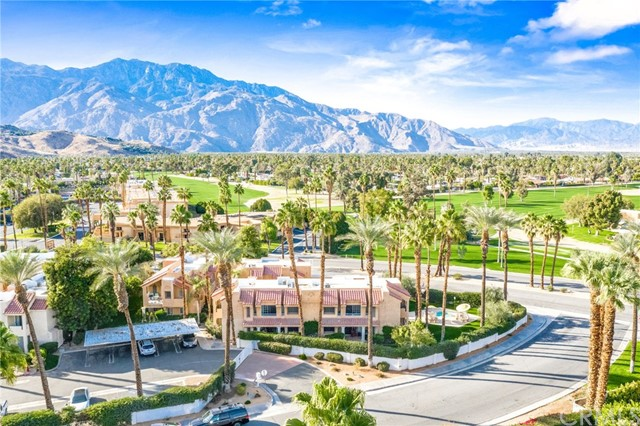 Detail Gallery Image 1 of 30 For 2700 Golf Club Dr #112,  Palm Springs,  CA 92264 - 2 Beds | 2 Baths