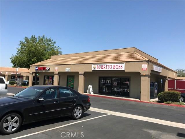 24100 Alessandra Boulevard, Moreno Valley CA: http://media.crmls.org/medias/bdd066d9-2be5-473d-ae9b-918ae45915cd.jpg