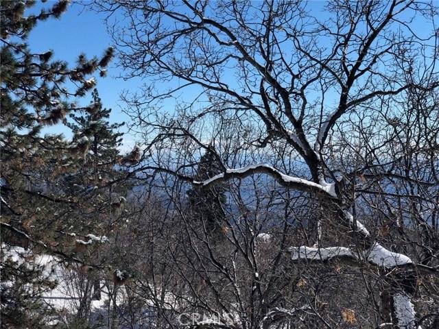 58 Park Drive, Running Springs Area CA: http://media.crmls.org/medias/bddbfc93-3731-4f94-9b89-010461966974.jpg