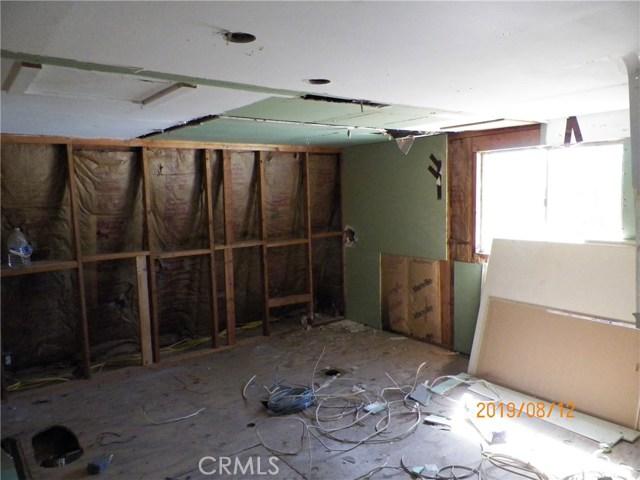 36770 Old Cary Road, Anza CA: http://media.crmls.org/medias/bde487fe-1a97-4c0b-8b4c-b5b70ee606c9.jpg