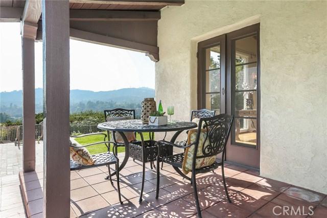1661 La Cresta Drive, Pasadena CA: http://media.crmls.org/medias/bdff3a0f-8da7-445d-930b-7a1c80fdf92e.jpg