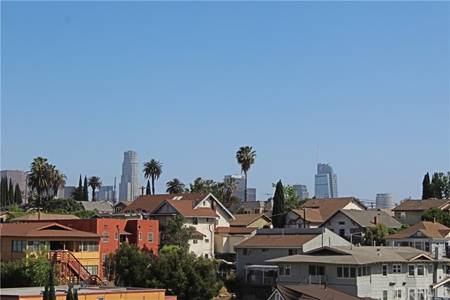 1925 W KINGSTON Place Los Angeles, CA 90026 - MLS #: IV18111726