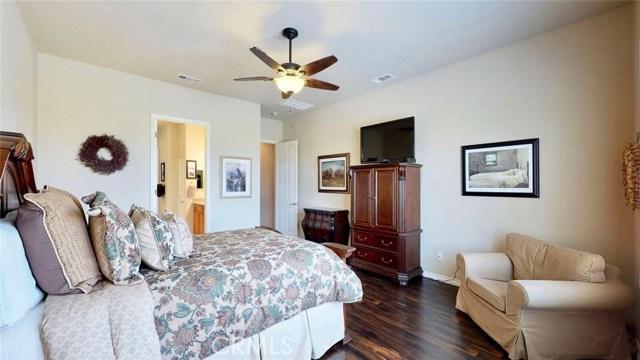 10357 Darby Road, Apple Valley CA: http://media.crmls.org/medias/be1ed209-fb64-4c97-a268-6d1fa101d481.jpg