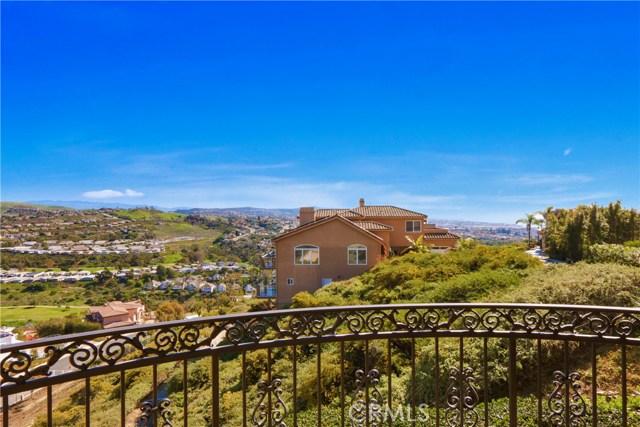 2 Mar Del Rey, San Clemente CA: http://media.crmls.org/medias/be22db3e-2fa8-443b-a593-1ea537e5d3ae.jpg