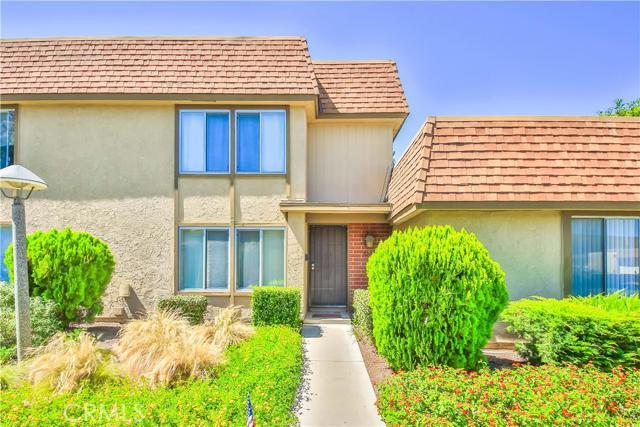 Townhouse for Sale at 5206 Banbury La Palma, California 90623 United States