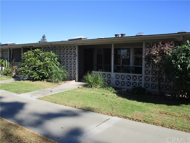 Photo of 13751 St. Andrews Dr., M1-#35J, Seal Beach, CA 90740