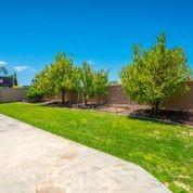 25207 Parkcrest Drive, Murrieta CA: http://media.crmls.org/medias/be2bee18-422f-4c4f-b6e1-8c110cd75a5a.jpg