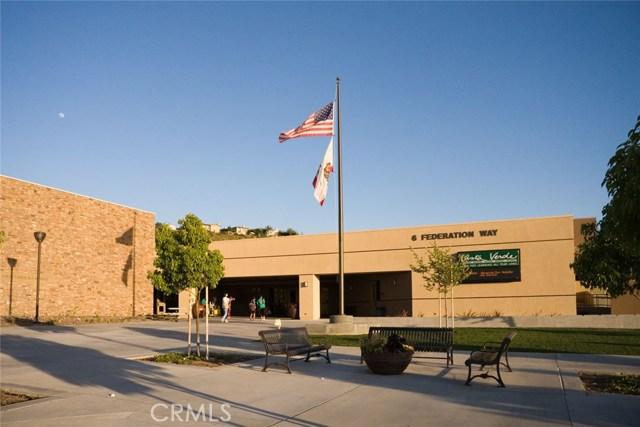 109 Roadrunner, Irvine CA: http://media.crmls.org/medias/be338777-a00b-491e-805e-72131b13e941.jpg