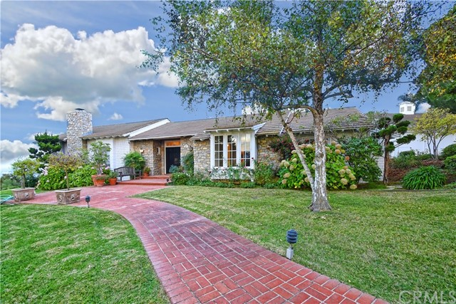 8 Upper Blackwater Cyn Road, Rolling Hills, California 90274, 5 Bedrooms Bedrooms, ,2 BathroomsBathrooms,Single family residence,For Sale,Upper Blackwater Cyn,SB19270200