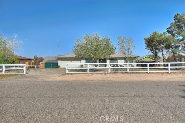 13205 Setancket Road Apple Valley CA 92308
