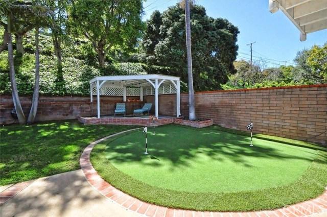 5002 Via El Sereno, Torrance CA: http://media.crmls.org/medias/be49fac8-e4e4-4ae5-ada9-06d25a132d37.jpg