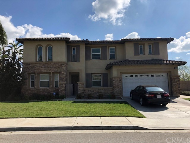 Photo of 18442 LAKEPOINTE Drive, Riverside, CA 92503
