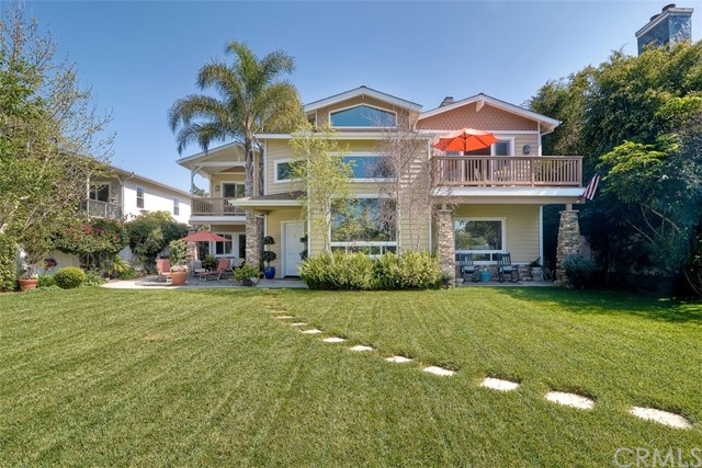 Single Family Home for Sale at 1546 Oak Avenue Carlsbad, California 92008 United States